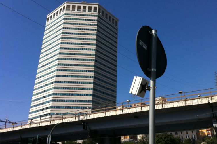 Traffic light control in Genova